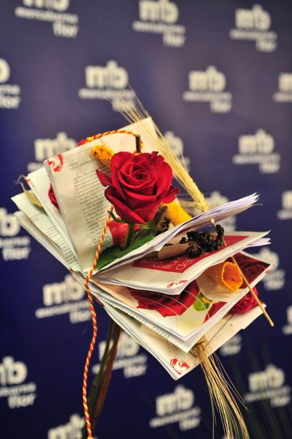 Mercabarna prevé vender unos seis millones de rosas por Sant Jordi