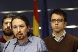 """Pablo Iglesias avisa a Pedro Sánchez que es el PSOE el que le """"prohíbe"""" ser presidente"""