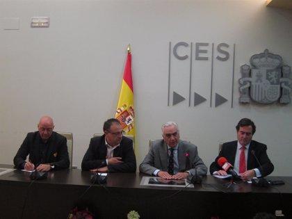 """Patronal y sindicatos firman el """"histórico"""" I Convenio Estatal del Metal"""