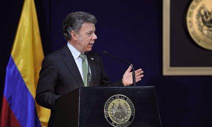 Santos asegura que incautará el dinero que las FARC tienen escondido