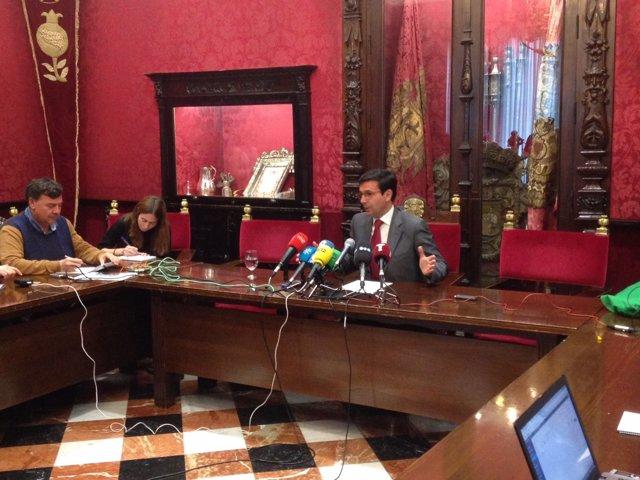 Francisco Cuenca en rueda de prensa