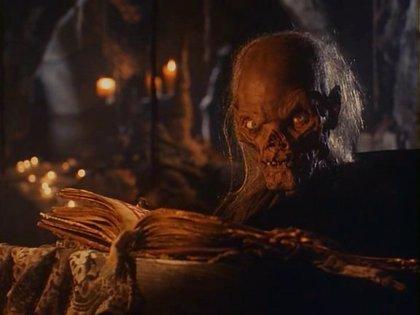 M. Night Shyamalan dirigirá 10 nuevos episodios de Historias de la cripta