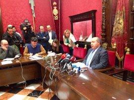 """El alcalde de Granada, """"indefenso"""", pide saber quién dio la orden de su arresto"""