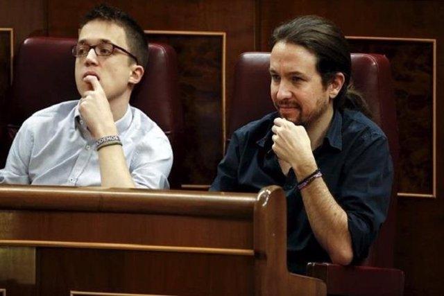 Pablo Iglesias e Íñigo Errejón en el Congreso