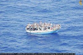 Grecia recibe menos de 500 inmigrantes en una semana e Italia casi 6.000 en tres días
