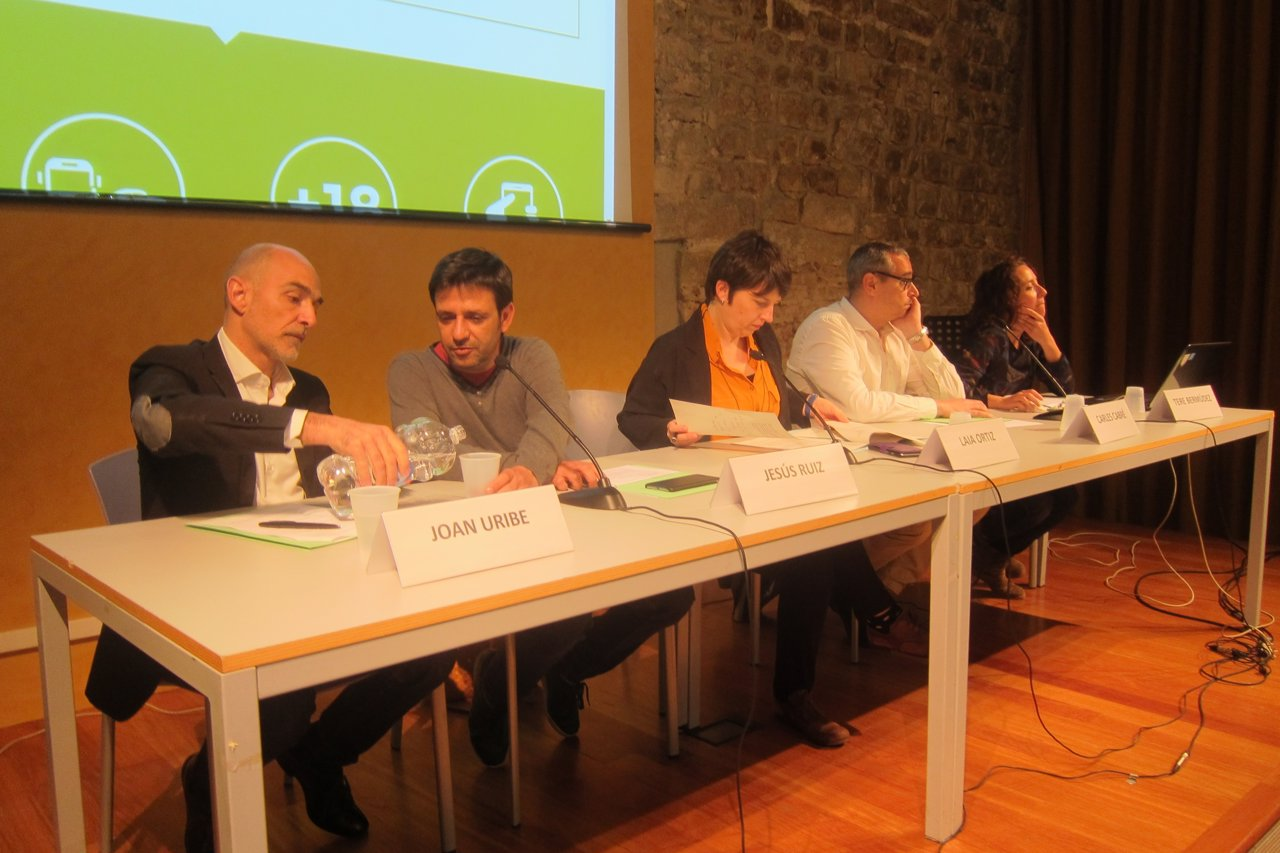 Oan Uribe, Jesús Ruiz, Laia Ortiz, Carles Cabré y Teresa Bermúdez