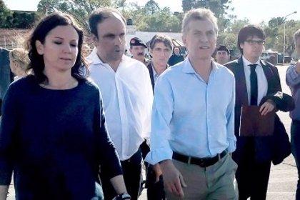 Macri recorre las zonas afectadas por las inundaciones