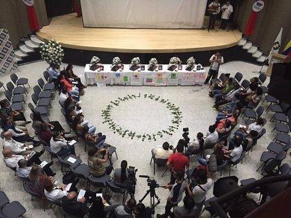 Colombia continua entregando cuerpos de personas desaparecidos durante el conflicto