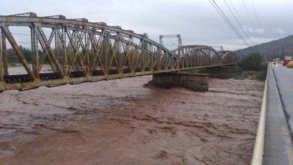 Declaran alerta roja por el aumento del caudal del Río Tinguiririca en Chile