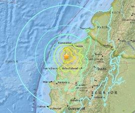 Correa eleva a 272 el número de muertos a causa del terremoto en Ecuador