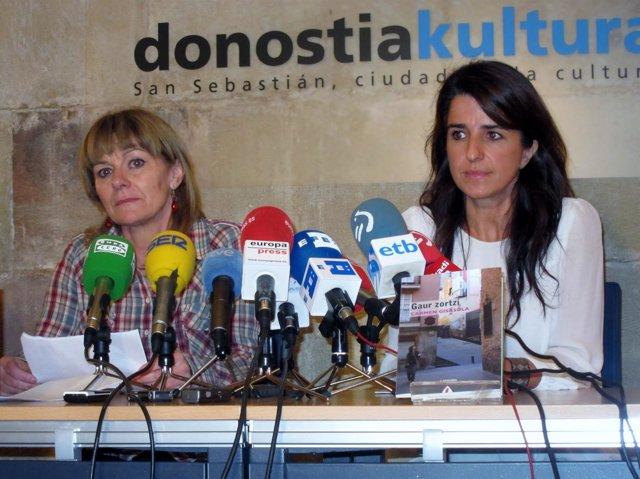 Carmen Gisasola y Aintzane Ezenarro