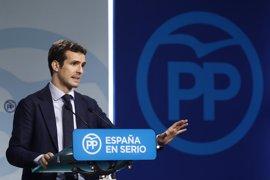 """Casado dice que la llamada de Rajoy a Sánchez es algo """"anecdótico"""" y que lo importante es que el PSOE cambie su postura"""