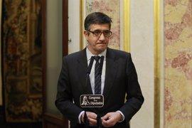 "Patxi López a Otegi: La izquierda abertzale aún tiene ""mucha responsabilidad que asumir"""