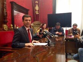 Cuenca (PSOE), dispuesto liderar un nuevo gobierno en Granada, abre ahora diálogo con C's
