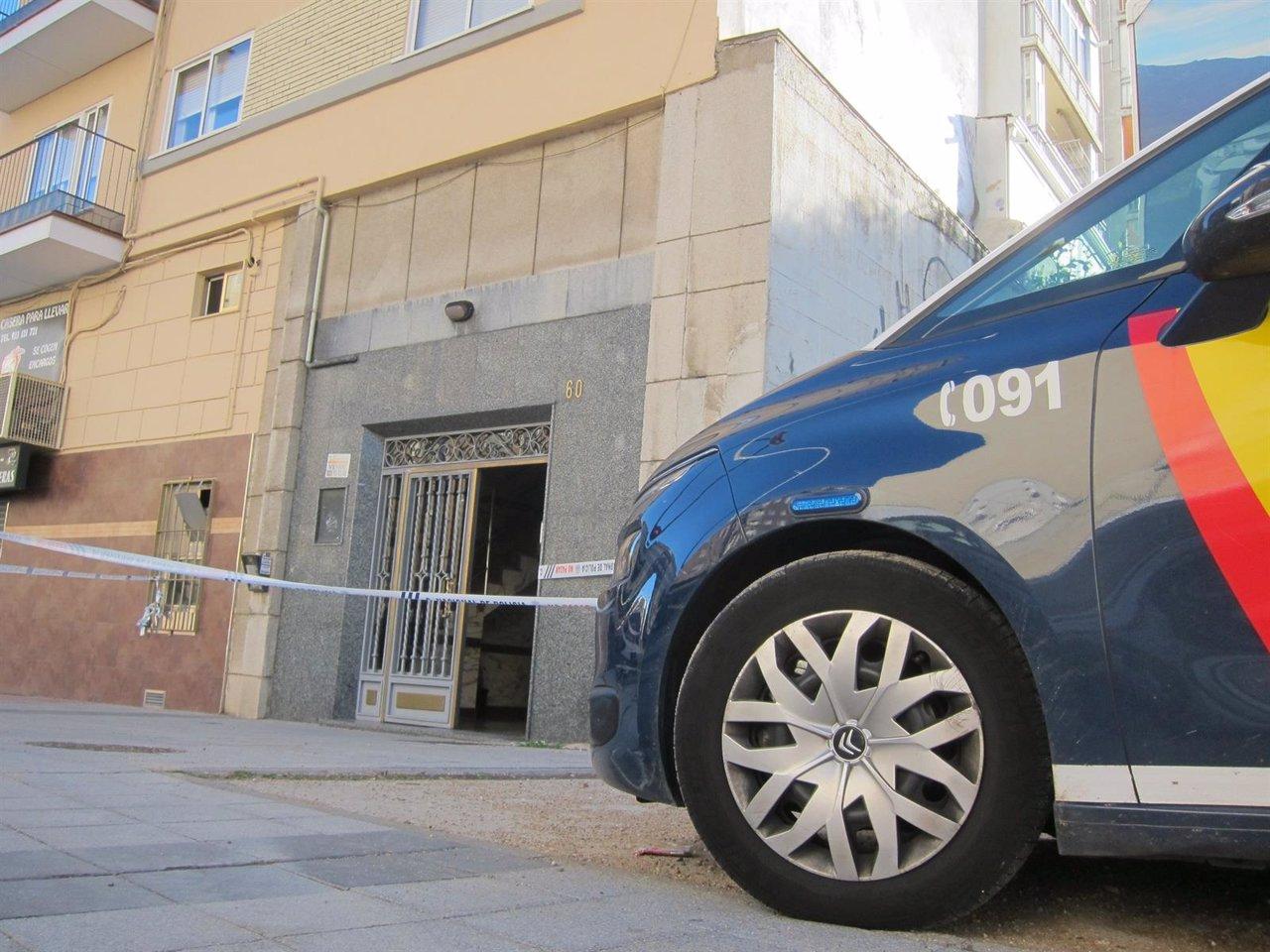 Edificio en el que ha aparecido apuñalada la mujer en Salamanca
