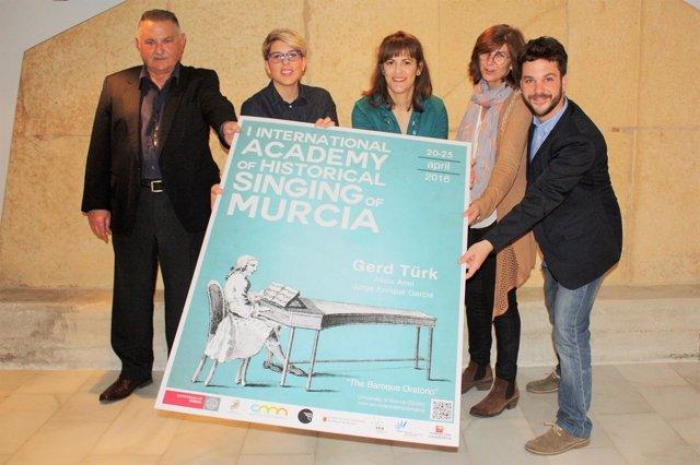 Presentación de la Academia Internacional de Canto Histórico