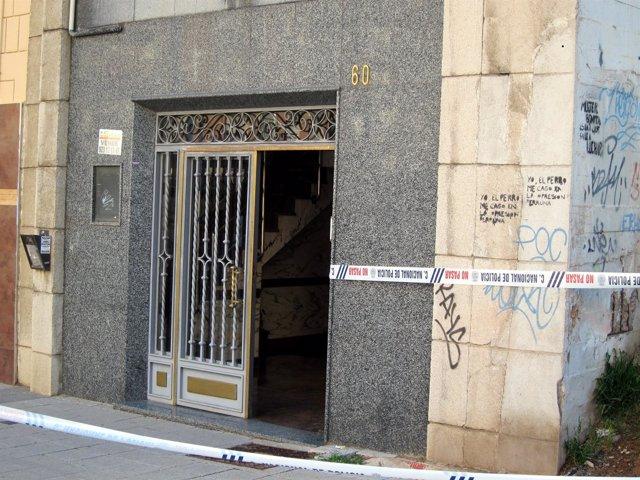 Portal del Paseo de la Estación en Salamanca en el que se produjeron los hechos.