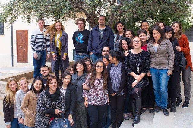 Jóvenes participan en la lanzadera de empleo de Palma