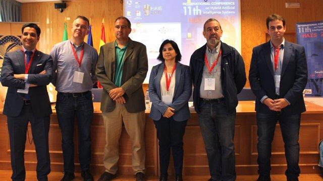Organizadores del congreso internacional 'HAIS 2016'