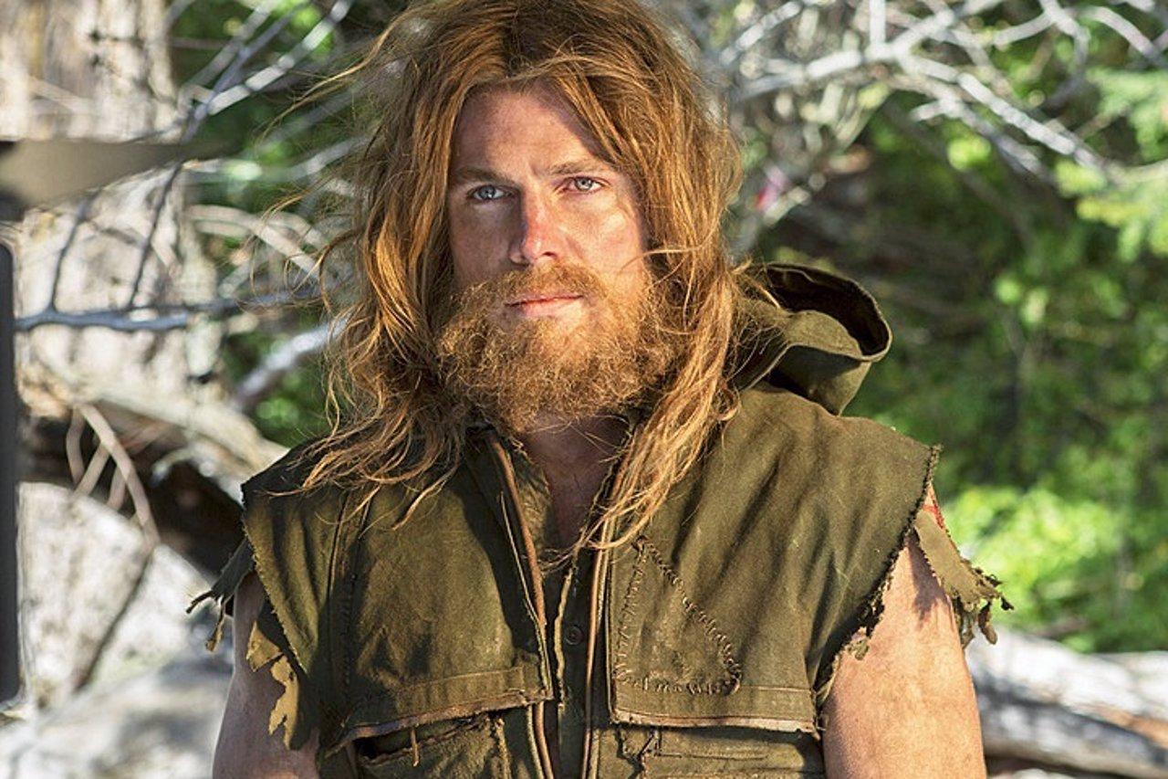 Stephen Adam Amell es Oliver Queen en Arrow