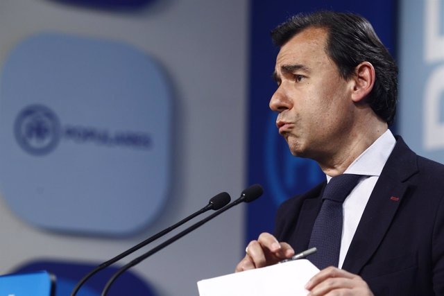 Fernando Martínez-Maíllo en la sede del PP