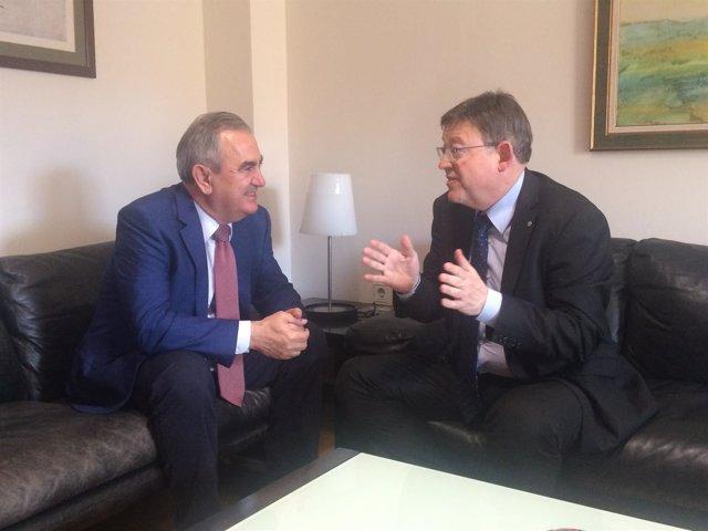 Rafael González Tovar, con el presidente de la Comunidad Valenciana, Ximo Puig