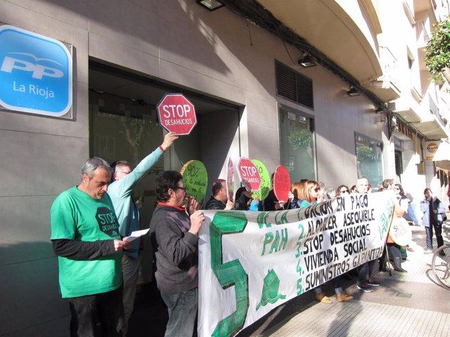 Protesta PAH en la sede del PP