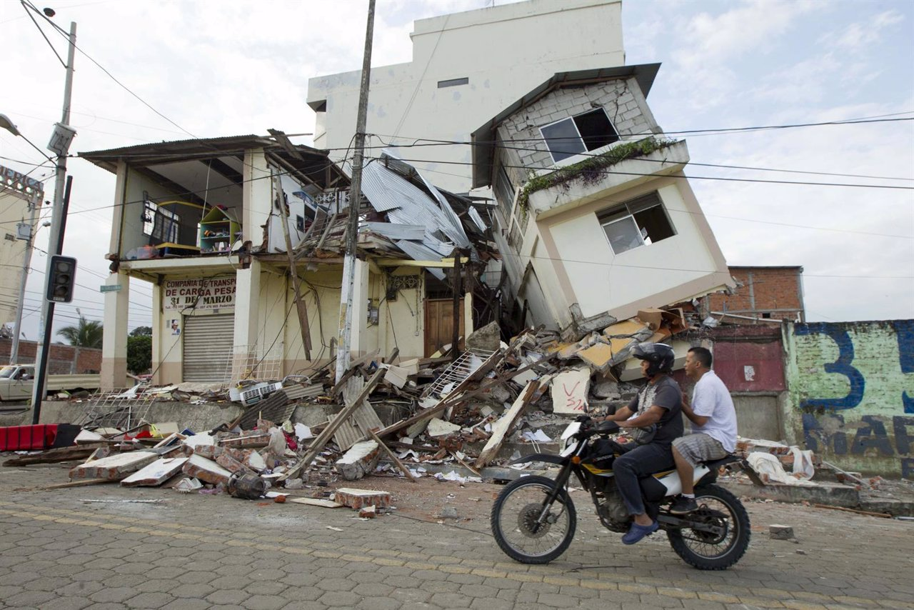 Consecuencias del terremoto en Pedernales (Ecuador)