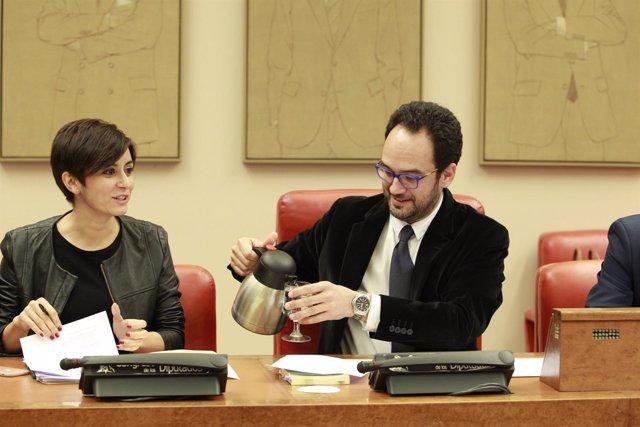 Isabel Rodríguez y Antonio Hernando