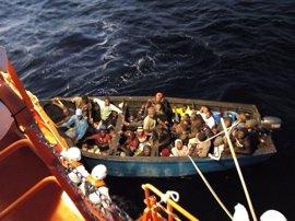Más de 190 inmigrantes a bordo de siete pateras llegan a las costas de Granada, Málaga y Almería desde el pasado viernes