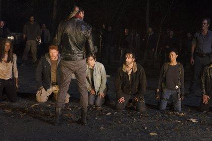 """""""Los actores de The Walking Dead sí saben a quién mató Negan"""""""