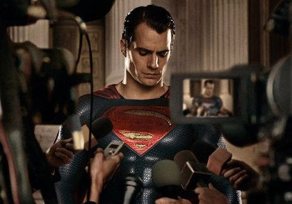 ¿Cuántas frases dice Henry Cavill en Batman v Superman?