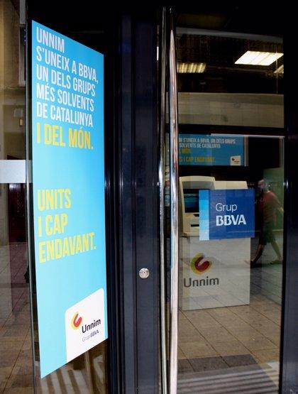 La banca acuerda con los sindicatos subidas salariales entre el 1,25% y el 1,75% durante tres años