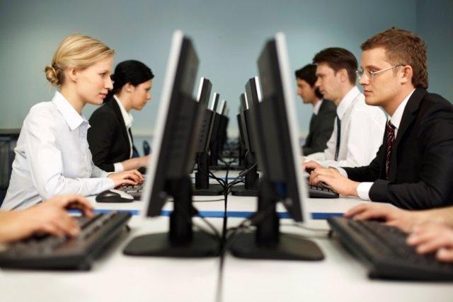 Oficina, sentado, trabajador, ordenadores, clases