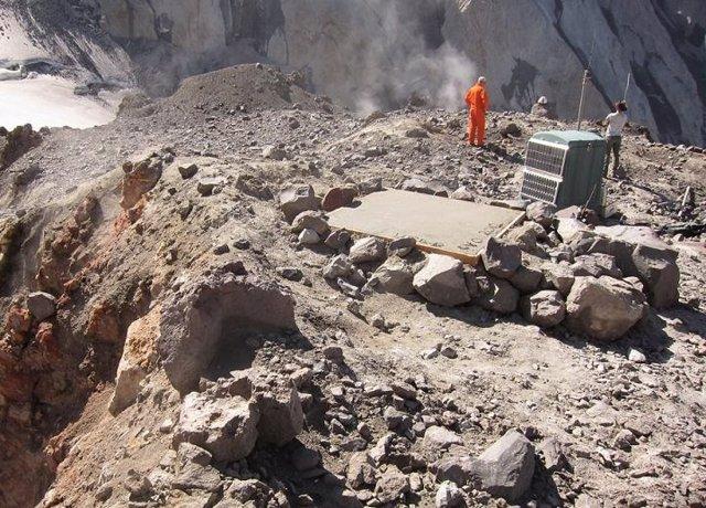 Monitores en el volcán Santa Helena