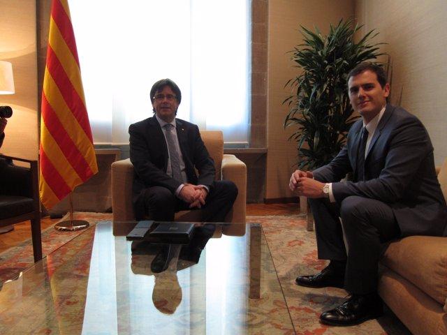 Reunión entre Carles Puigdemont y Albert Rivera