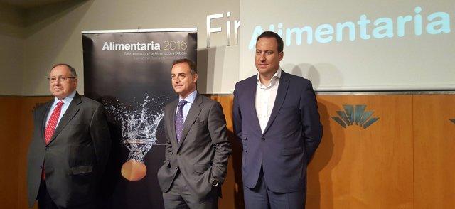 Josep Lluís Bonet, J.Antonio Valls y Màrius Robles. Presentación de Alimentaria