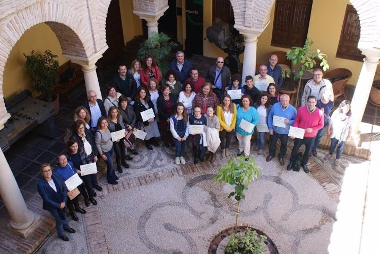 Ruiz (centro) junto a algunos de los premiados