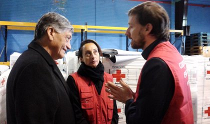 Comienza a repartirse la ayuda enviada por España a los afectados por el seísmo en Ecuador