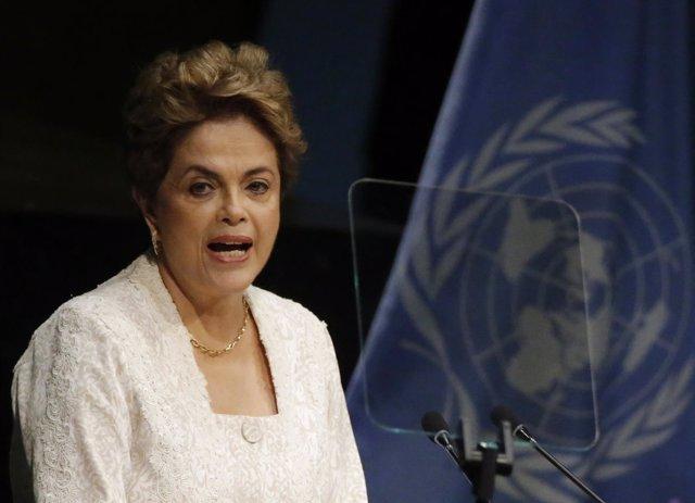 La presidenta de Brasil, Dilma Rousseff, habla en la ONU