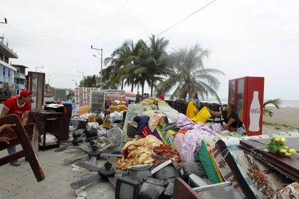 Los pueblos de Ecuador tratan de salir adelante después del terremoto