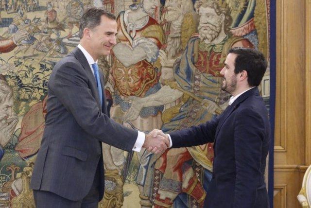 El Rey Felipe VI y Alberto Garzón en la Zarzuela