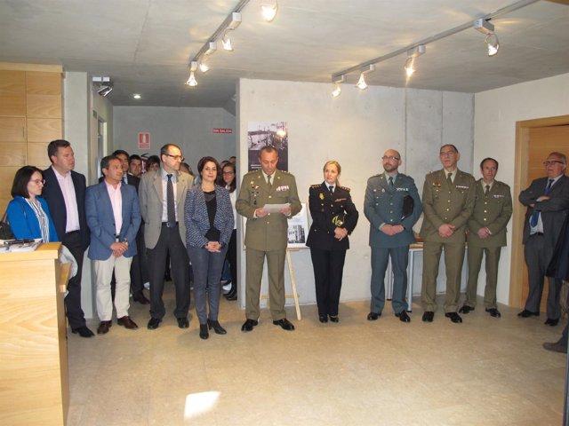 Defensa exhibe en Teruel una muestra fotográfica sobre la Marina