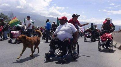 Una marcha de discapacitados llega a La Paz para demandar ayuda a Morales