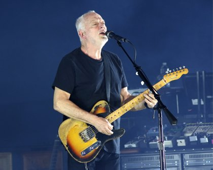 David Gilmour fusiona Comfortably numb y Purple rain en tributo a Prince