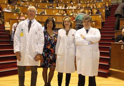 El Hospital Universitario Fundación Jiménez Díaz ha formado ya a 300 expertos en reanimación cardiopulmonar