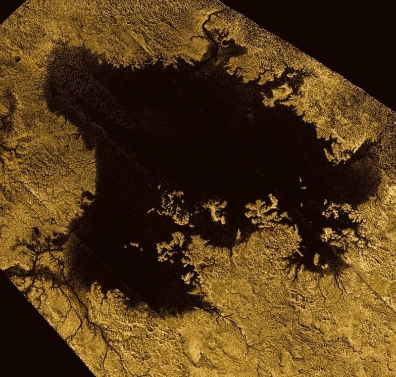 Resultado de imagen de Mares de metano en Titán