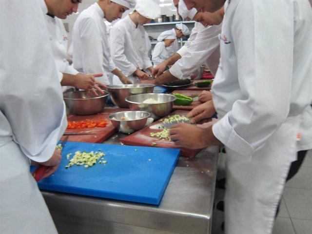 Cocina, cocinero, trabajo, empleo, comida, formación