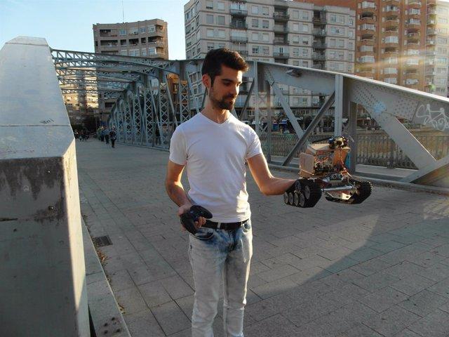 Un Alumno De La Politécnica Crean Un Robot Oruga Para Inspeccionar Escenarios De