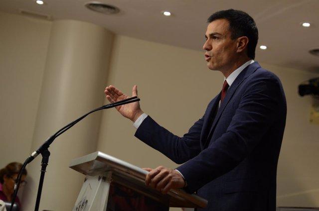 Pedro Sánchez en rueda de prensa tras reunirse con el Rey